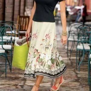 Soft Surroundings Floral Skirt Ivory Black med A30